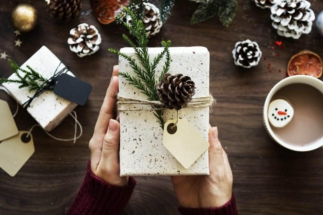 Christmas, Gifts